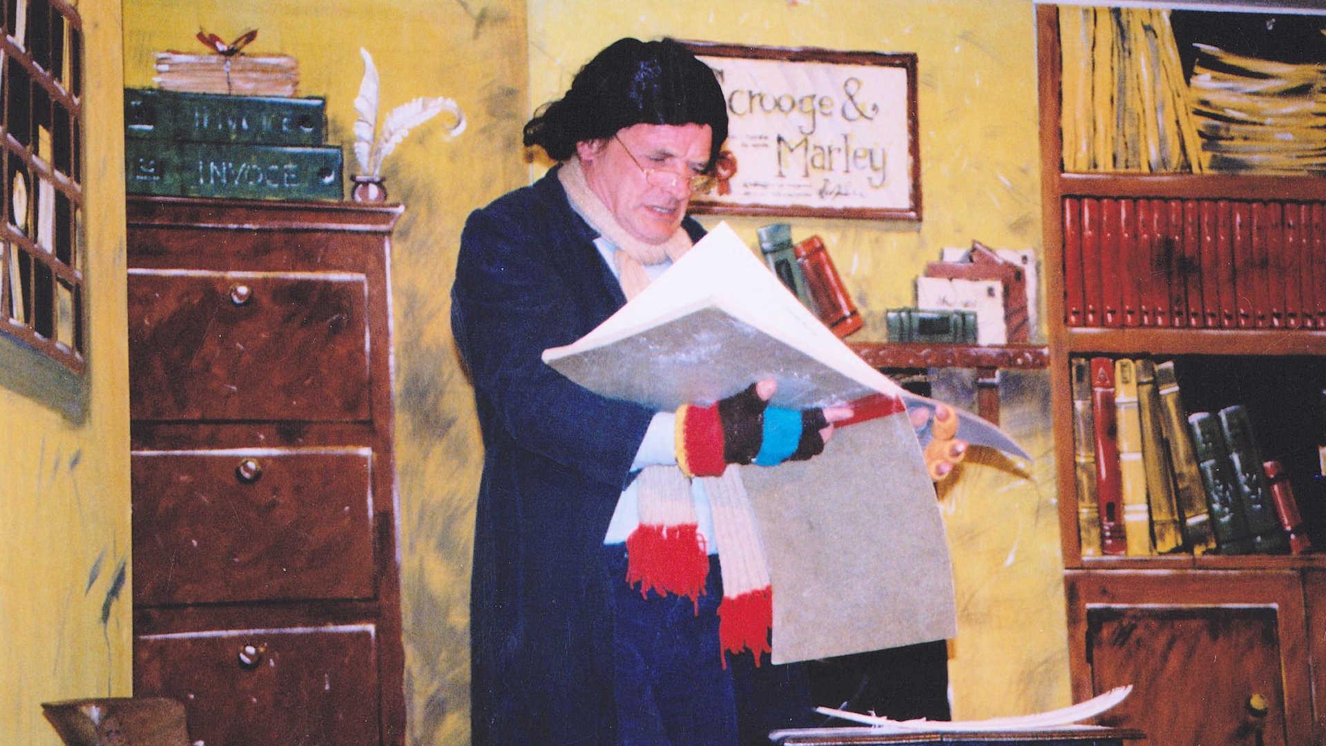 2003 Christmas Carol 1
