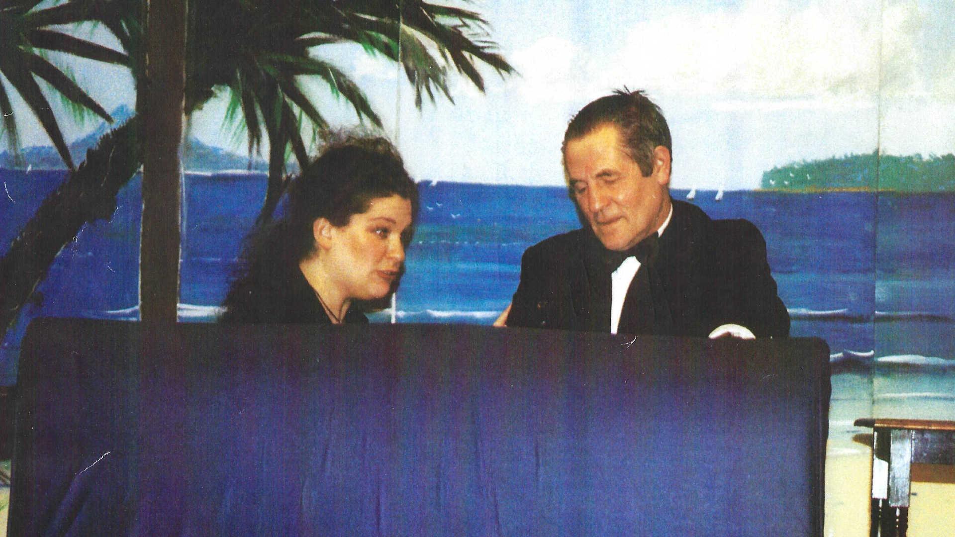 2004 James Bond 5a